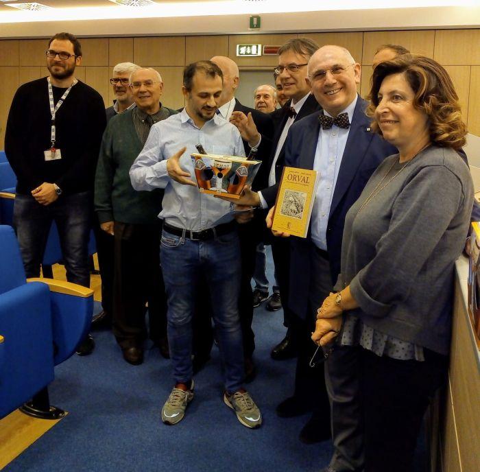 Gruppo Cavalieri d'Orval con i due ricercatori e la direttrice Generale.
